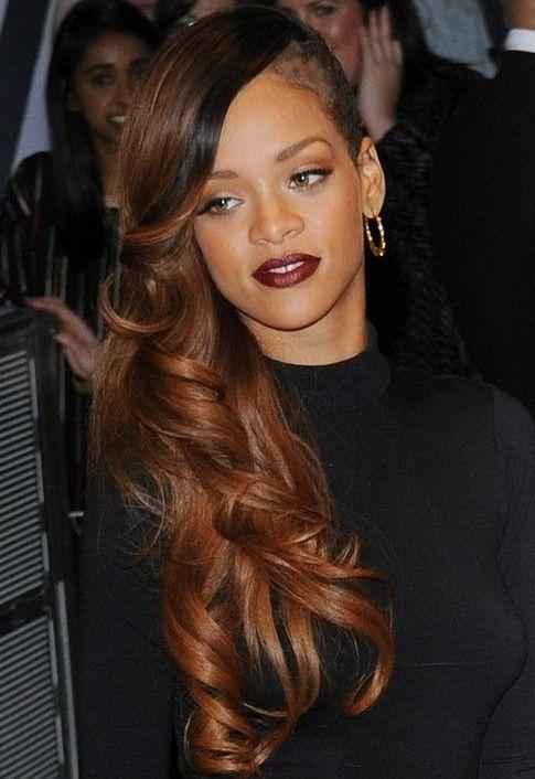 Rihanna Hairstyles Side Swept Long Hairstyle Rihanna