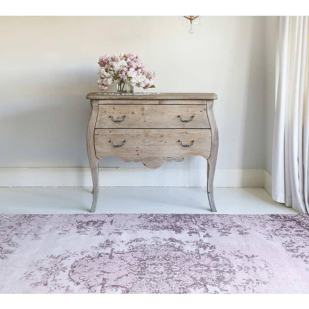 Kilim Vintage Rug in Blush Pink Bedroom carpet colors
