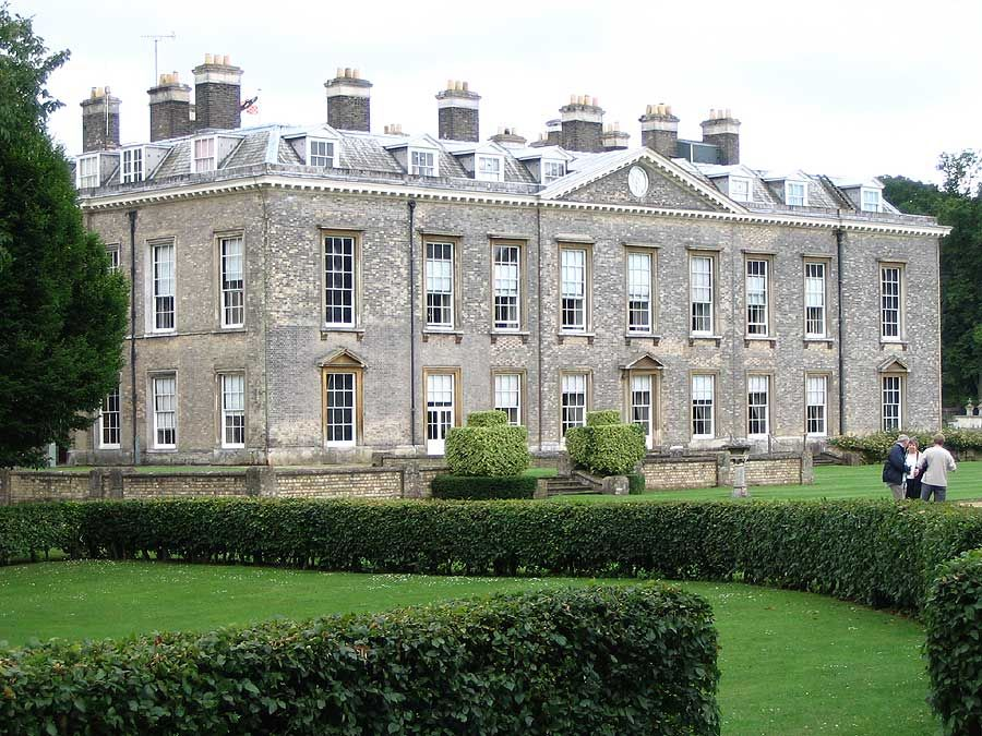 Althorp House In Northamptonshire England Where Princess Diana Grew Up She Is Interred On An Island Of A Lake The Grounds It Also Famous
