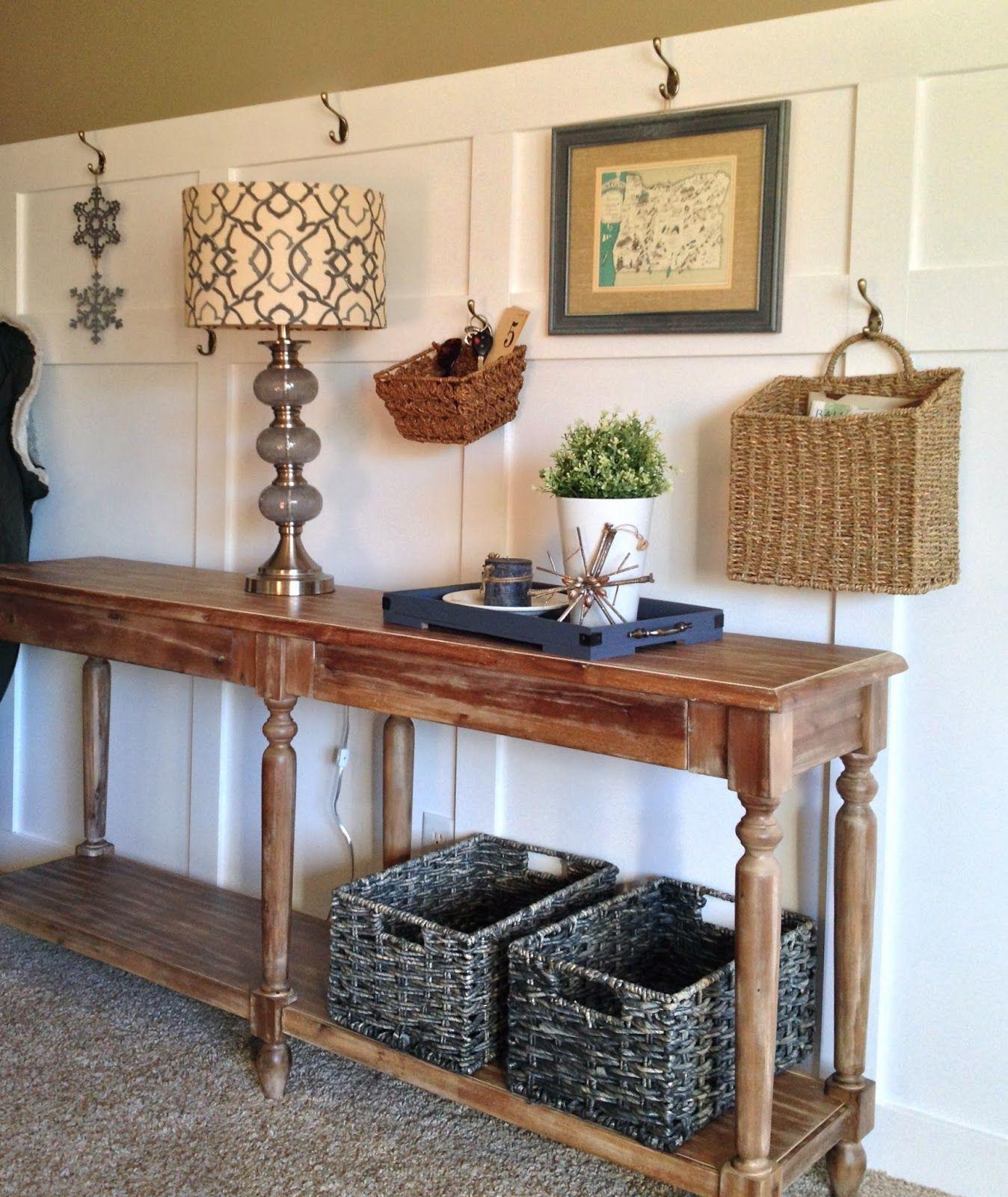 title | Everett Foyer Table