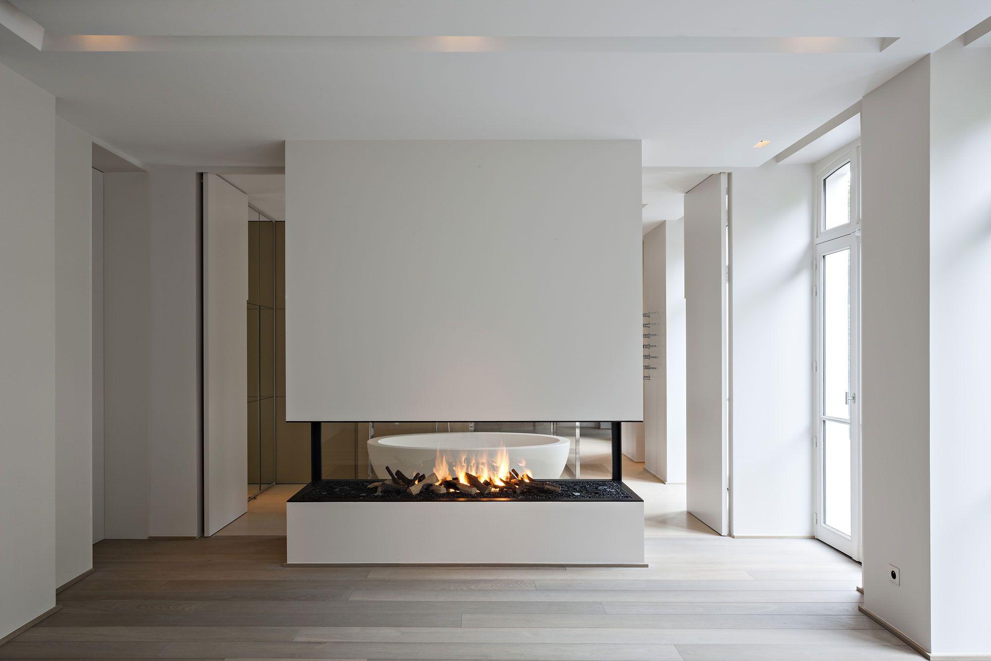 pingl sur design fireplaces chemin es design. Black Bedroom Furniture Sets. Home Design Ideas