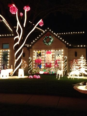 The Best Christmas Lights in Dallas: Deerfield in Plano, Highland Park, and Farmers  Branch. Includes addresses of specific