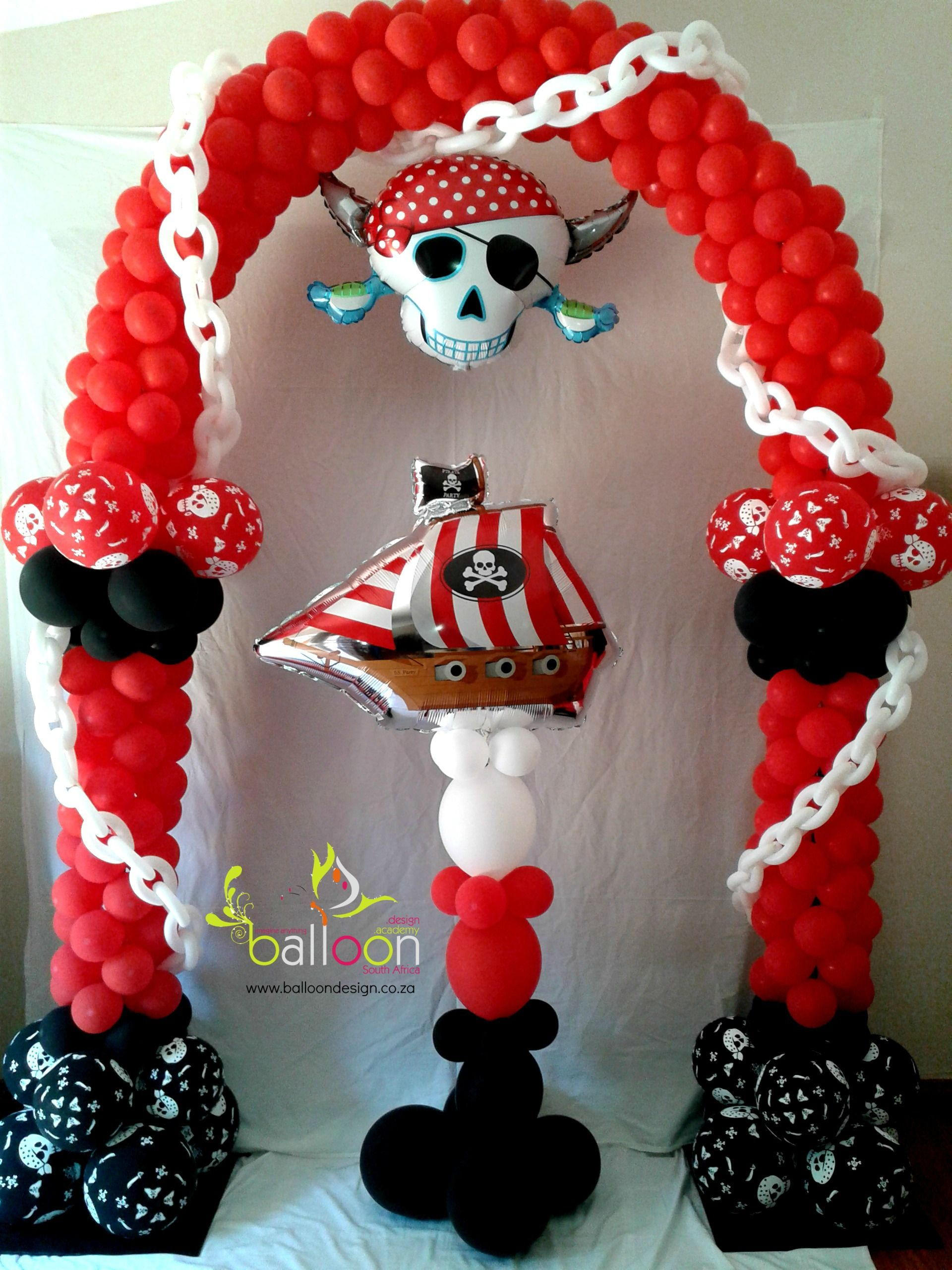 pirate balloon arch pillar great for your little pirates at their next birthday party. Black Bedroom Furniture Sets. Home Design Ideas