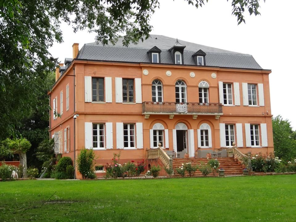 Chateau therial miremont near toulouse france chambre d - Chambre d hotes toulouse centre ...