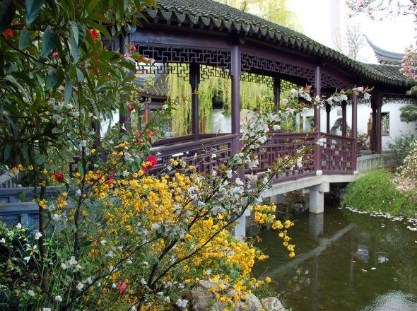 rainbow-bridge-from-waterside-graybox__page-header-galleryjpg - chinesischer garten brucke