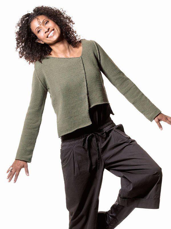GLI ASIMMETRICI :  il pull,il cardigan-scialle e quello senza maniche