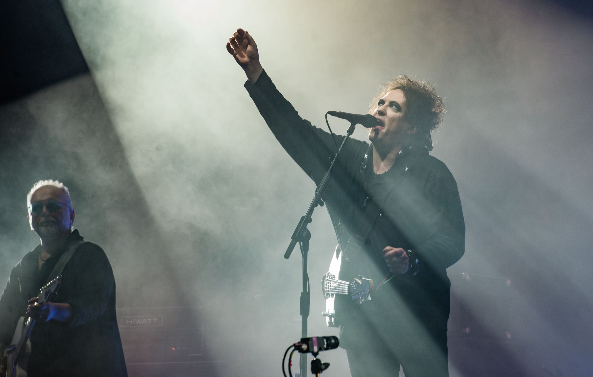 Guitar sales soar following The Cure's Glastonbury headline set #electricguitars