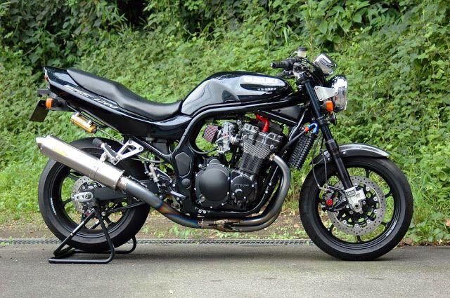 Suzuki Gsf 1200 By Kaminari Racing Suzuki Bandit Suzuki Street Fighter Motorcycle