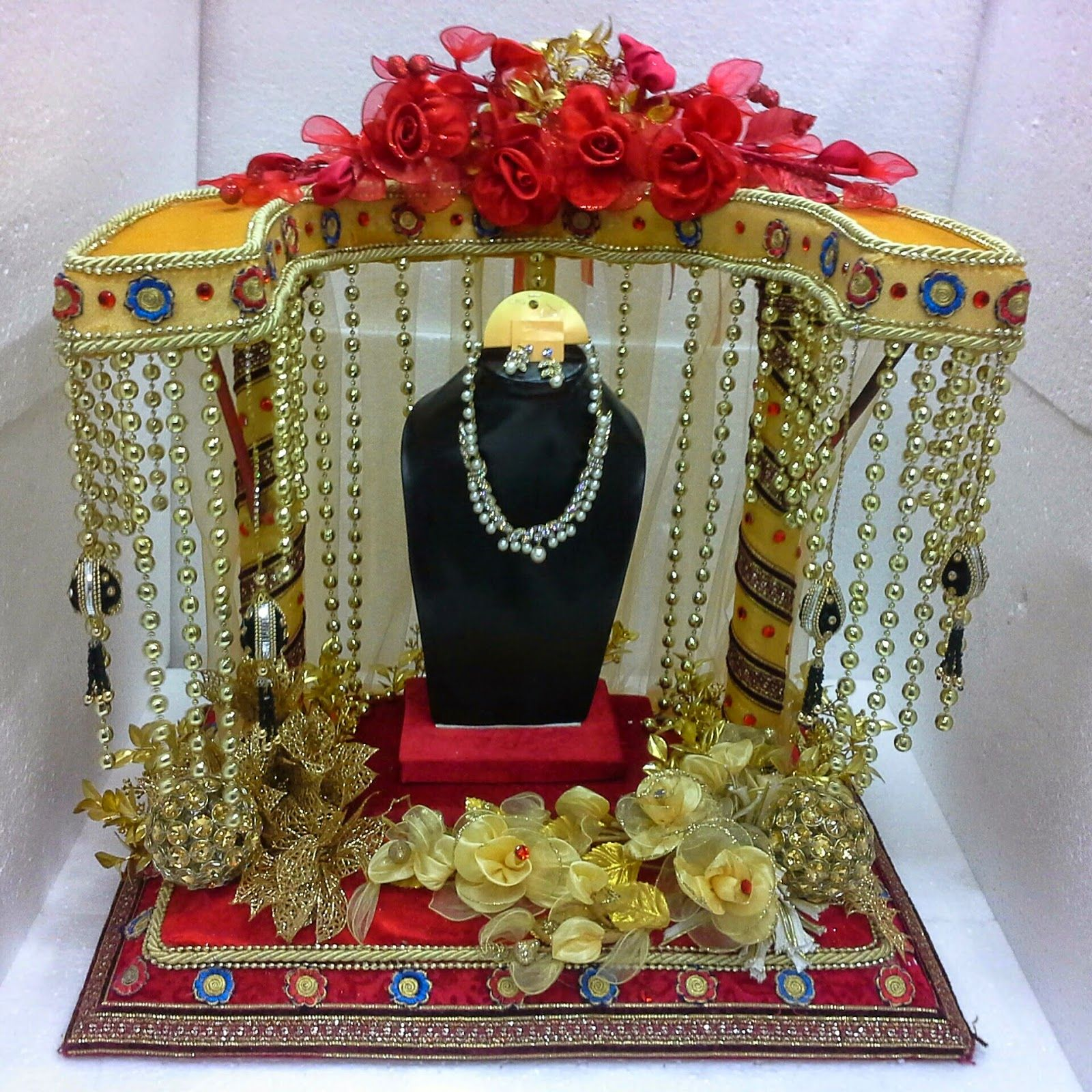 Indian Wedding Tray Decoration: Ideas Wedding Gift Packaging Jewellery Packaging Trays