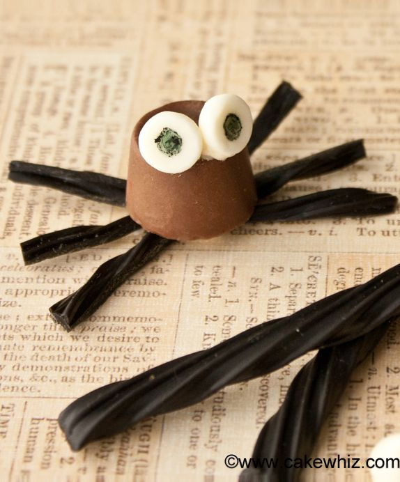 These cute ROLO CHOCOLATE SPIDERS are a fun and easy Halloween treat - cute easy halloween treat ideas