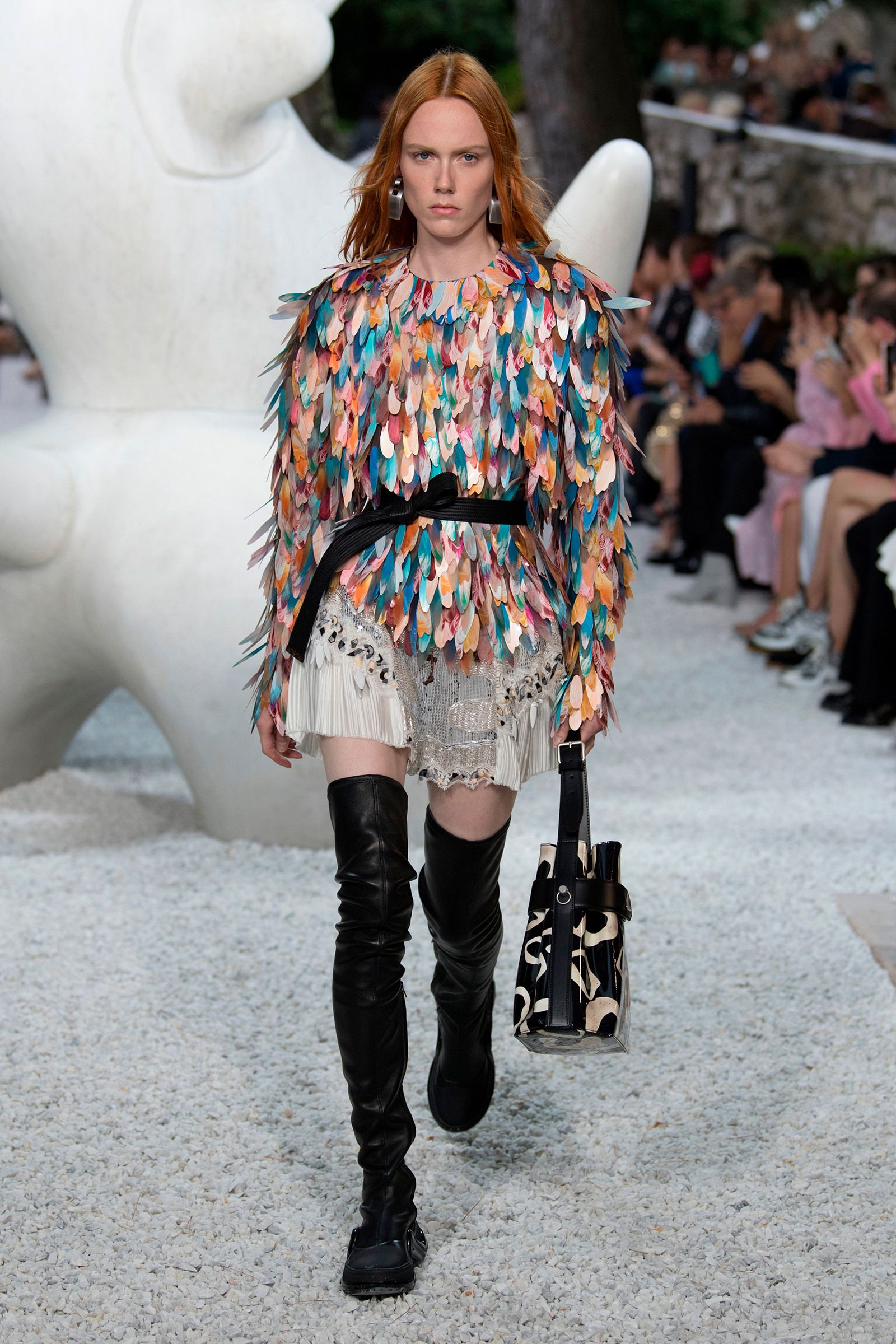 5520d5bc467e A look from the Louis Vuitton Cruise 2019 Collection