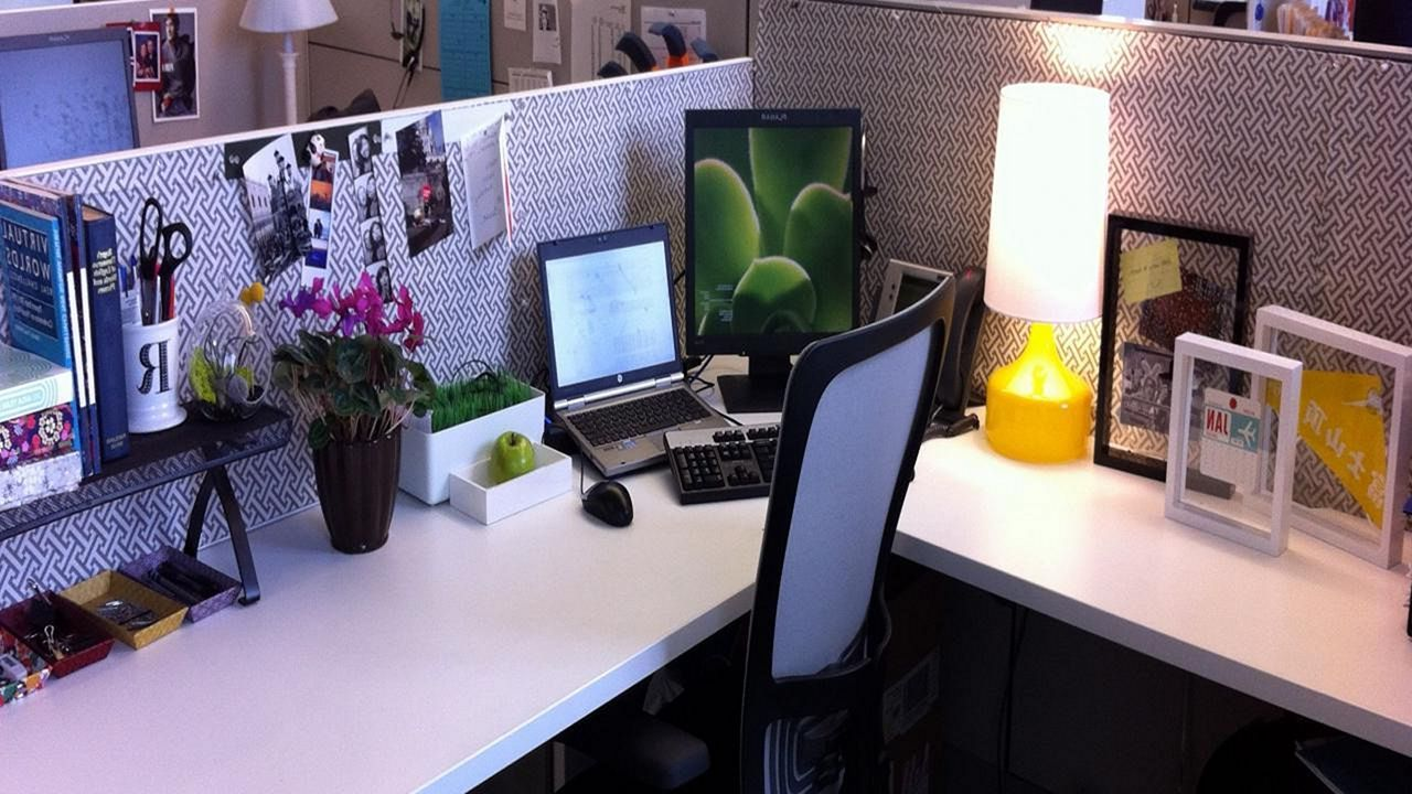 Top 25 Incredible Cubicle Workspace Decorating Ideas https ...
