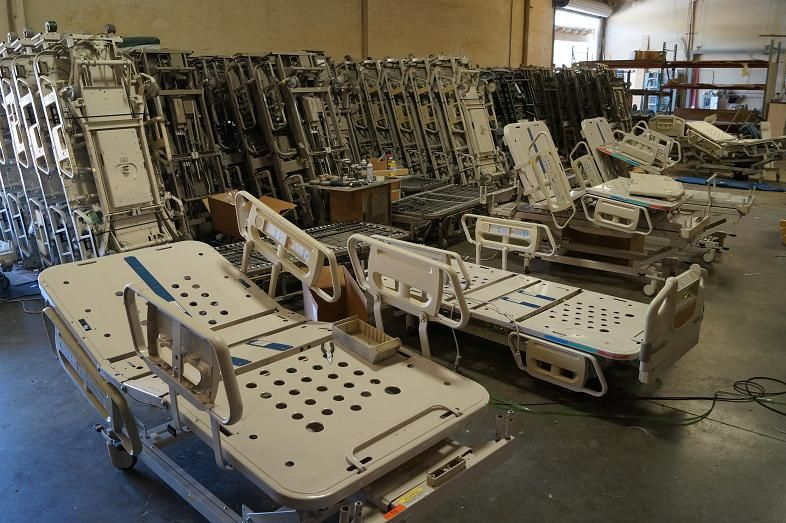 Hill Rom Refurbished Hospital Bed Warehouse Los Angeles Buy Beds 858 263 4894 Www 1hospitalbeds Com 침대