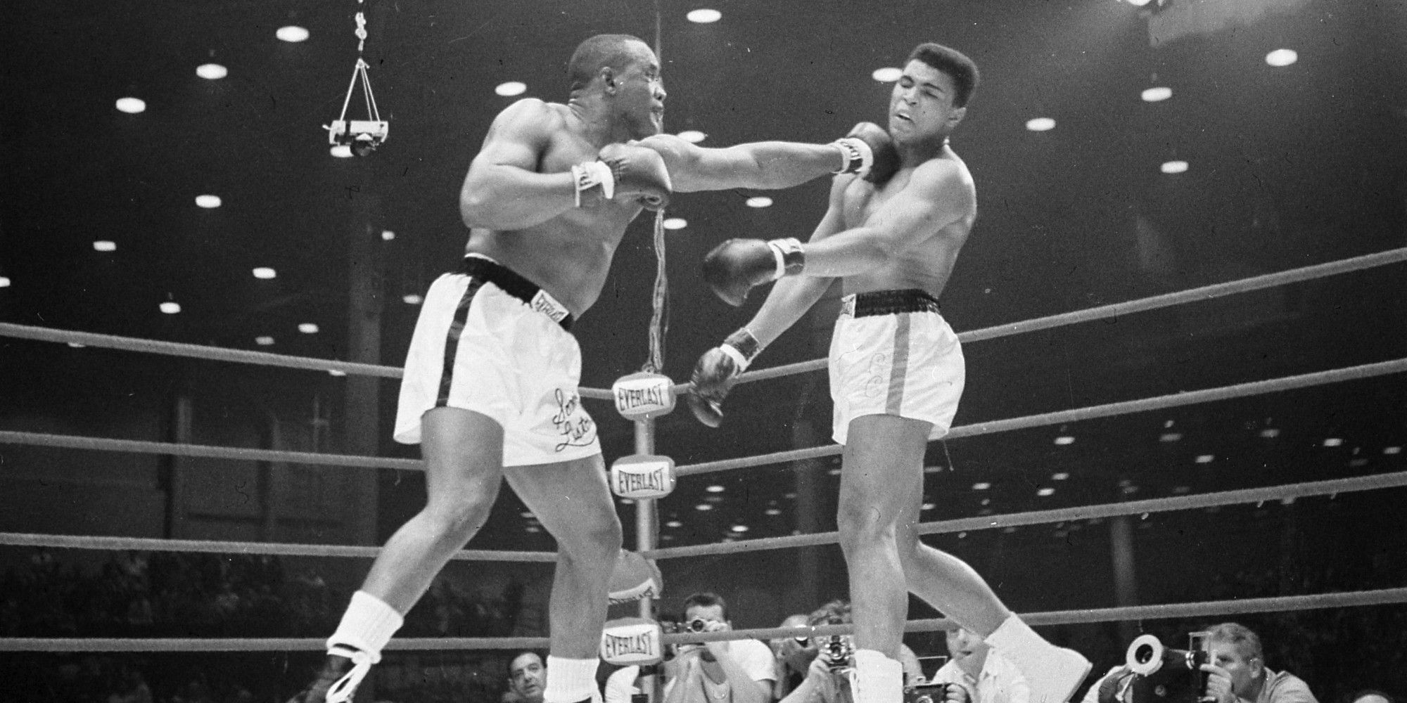 O CASSIUS CLAY SONNY LISTON Facebook 2000x