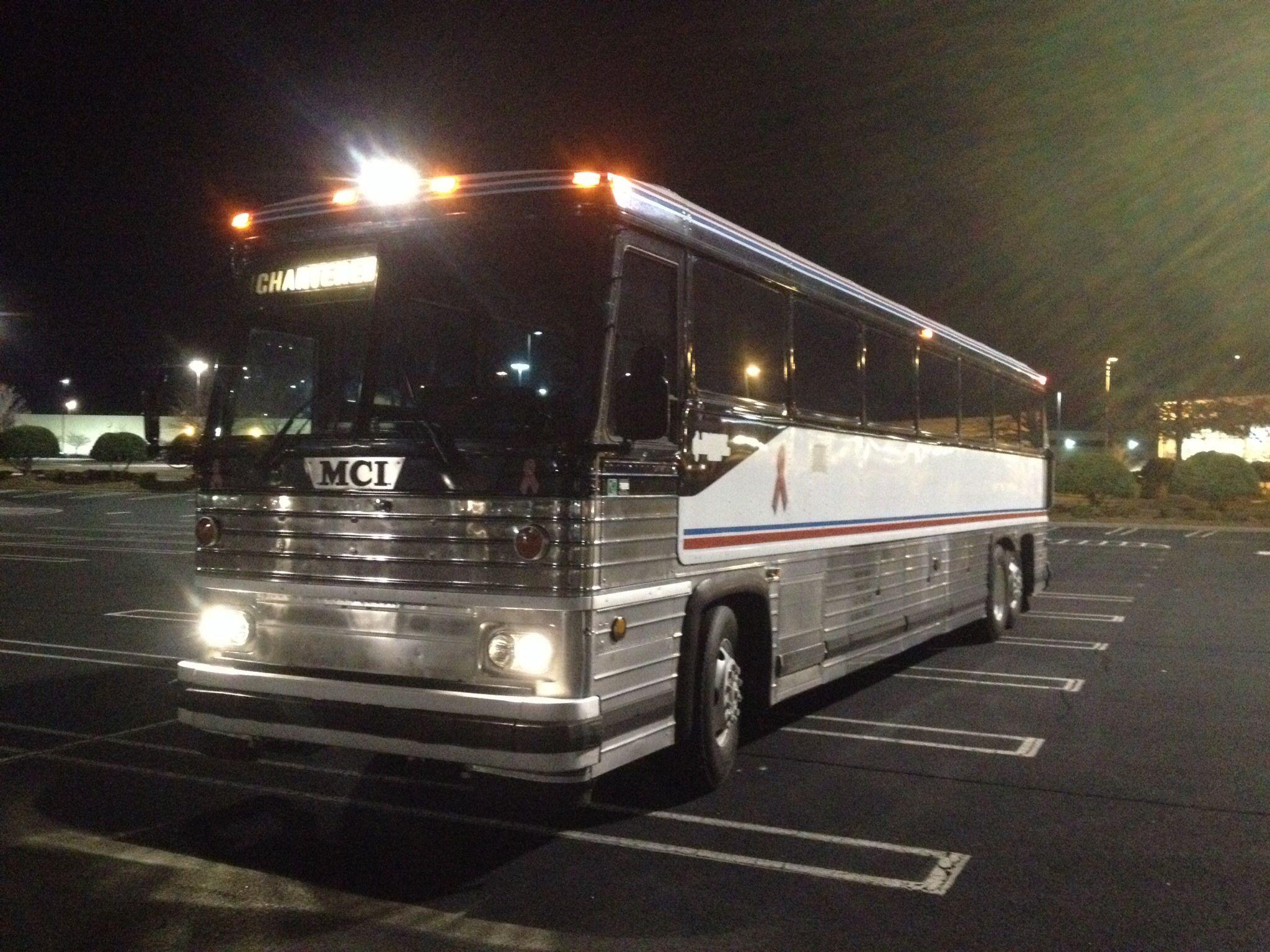 47 passenger Coach with DVD/TVs/restroom/AC/Recline seating. Spartanburg SC DaFrye Tours....
