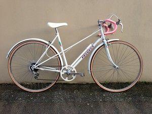 vintage ladies peugeot racer racing road bike bicycle womens girls