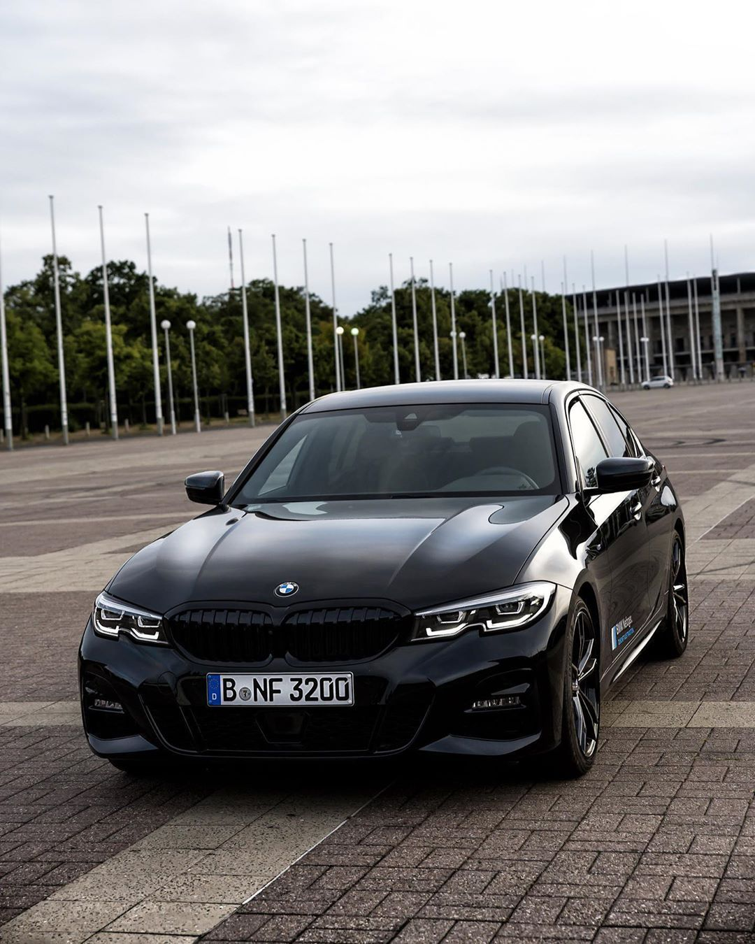 Ad Werbung All Black Bmw 3 Series G20 What Do You Think