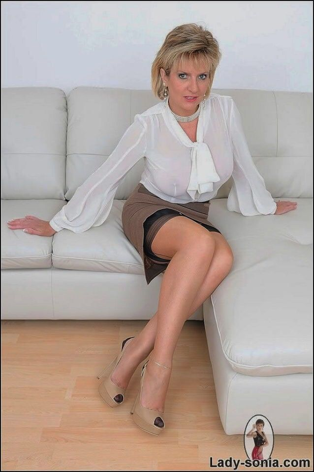 Lady Sonia | mature | Pinterest | Stockings, Fully