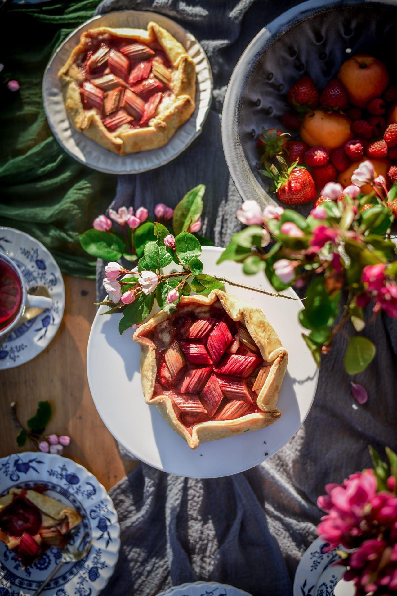 Vegan Strawberry Rhubarb Frangipane Galettes