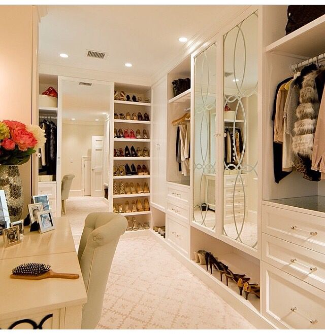 Gentil My Dream Closet.