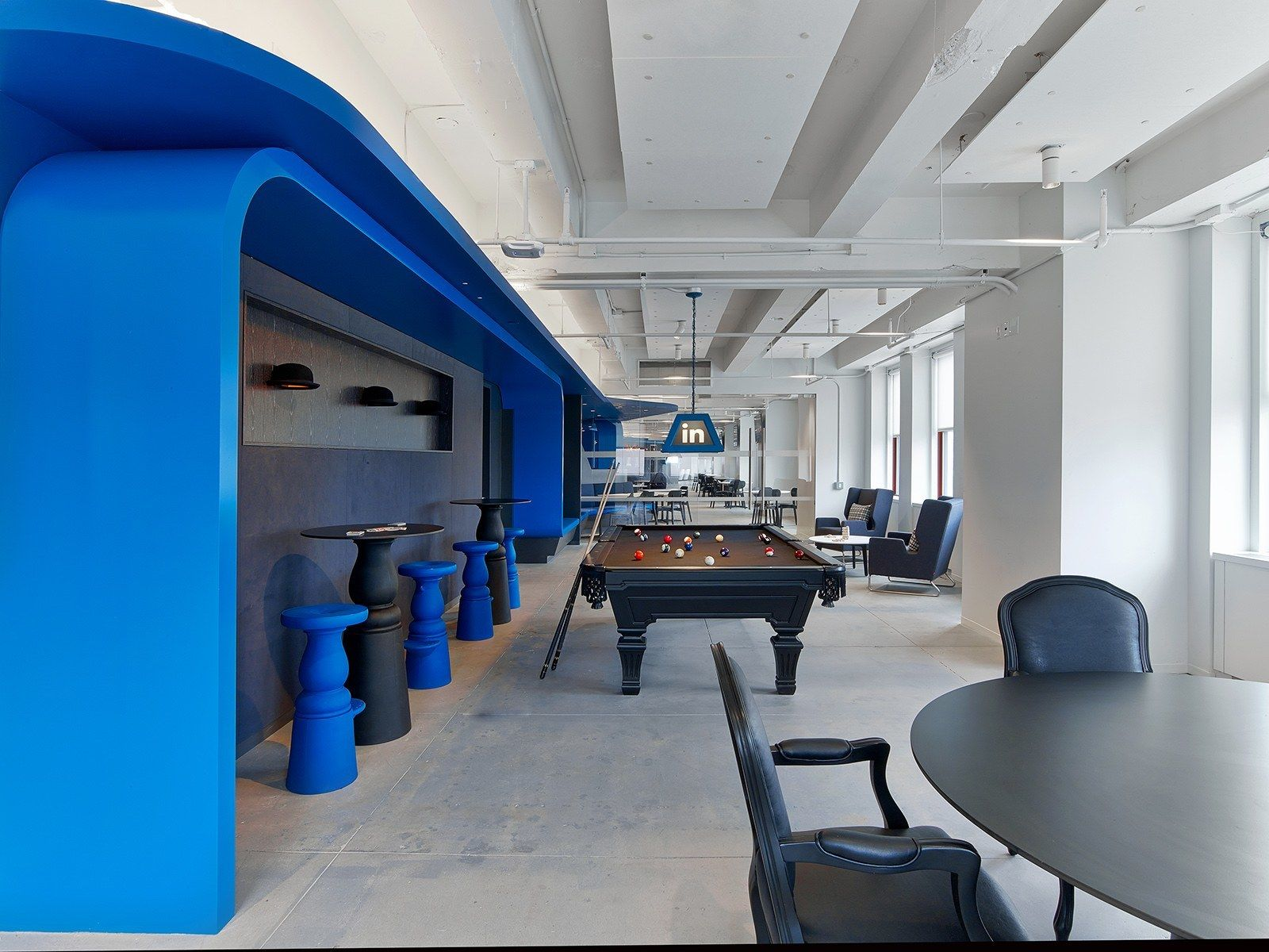LinkedIn s Empire State Building fices Have a Speakeasy and a Wall of Employee Pet s