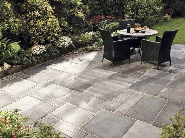 Une terrasse en pierre pour un effet authentique elle for Revetement exterieur pour patio