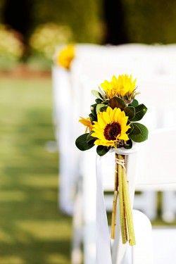 real weddings zac stacy sunflower decorationssunflower