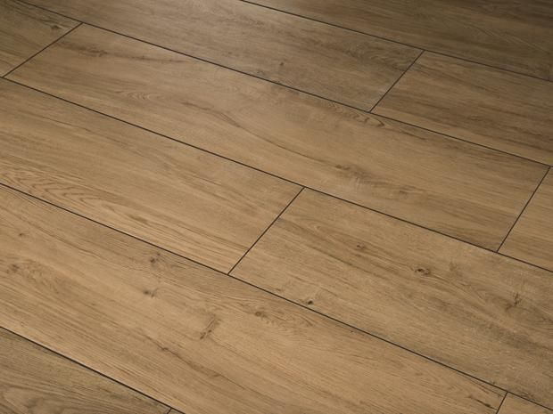 Die Glasierte Feinsteinzeugfliese Harmonie By Palazzo Vereint In  Natürlicher Holzoptik Die Eleganz Und Einzigartigkeit Wertvollster  Edelholzarten. Das