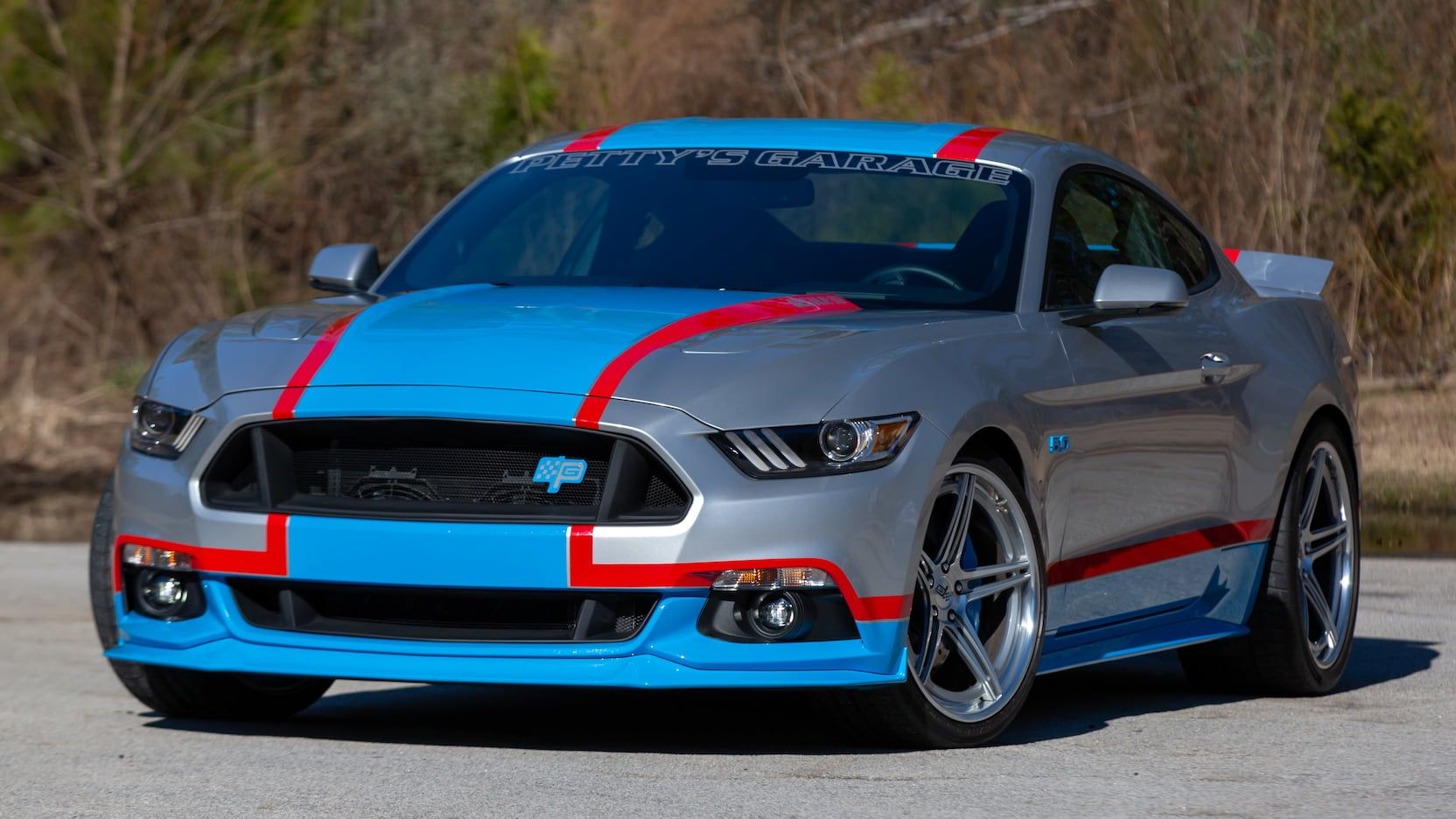 Ford Mustang Nascar Edition