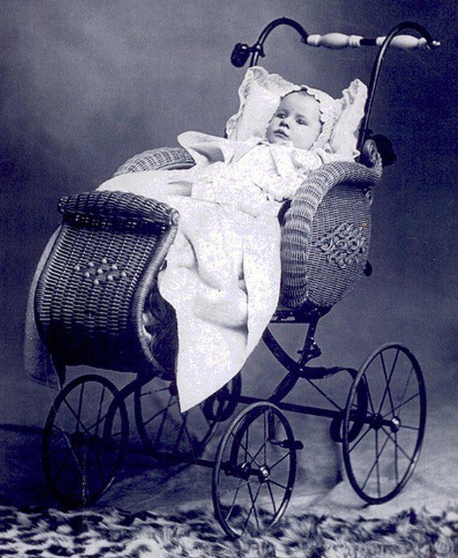 La historia visual de los cochecitos de bebés | Coche de