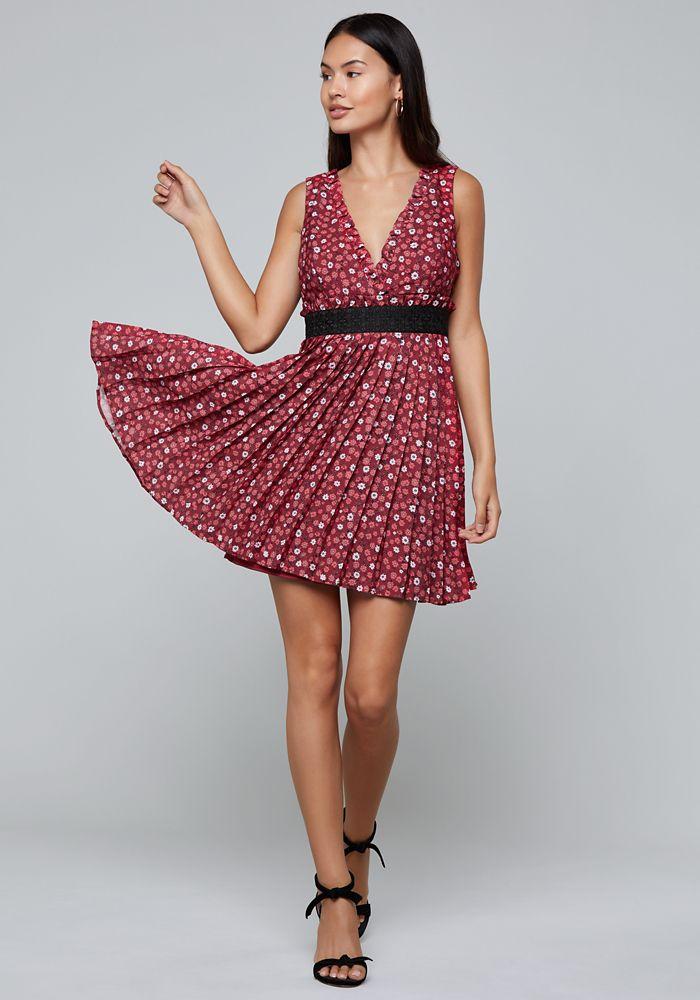 364ec10783 Bebe Women s Print Pleated Mini Dress