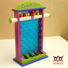 Woodworking for Mere Mortals: Free woodworking videos and plans. : Make a candy Plinko game