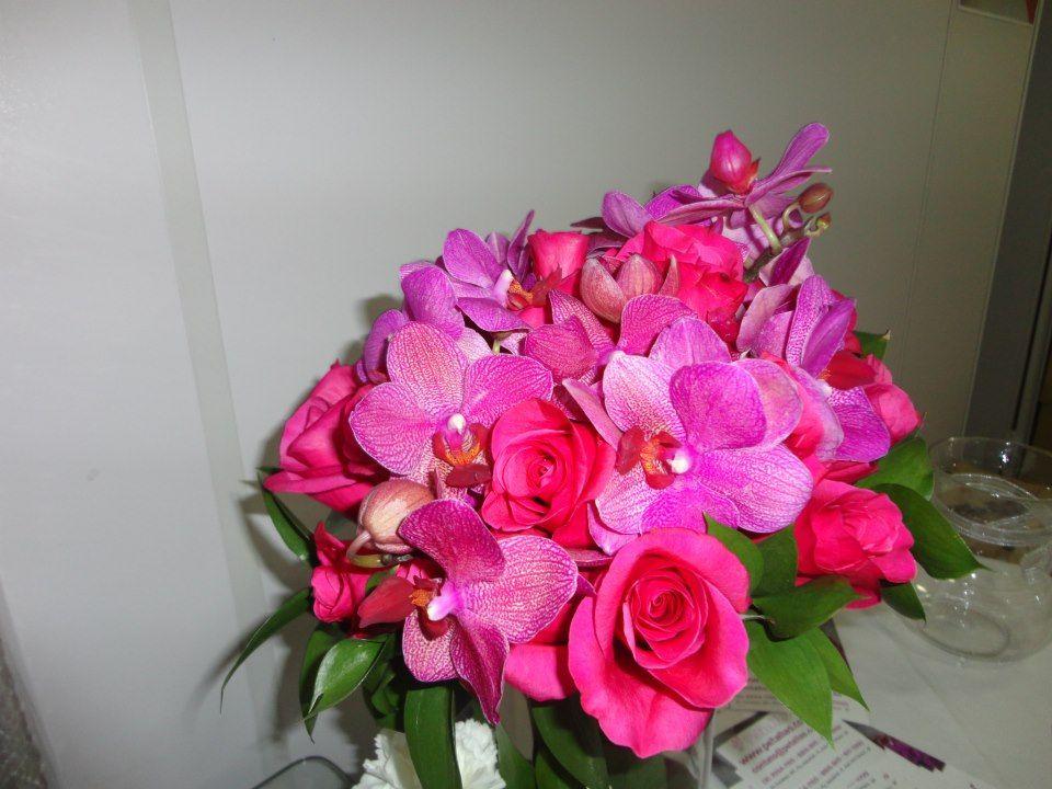 Pétallas Flores E Decoração  Buque de Rosas Pink e Orquideas