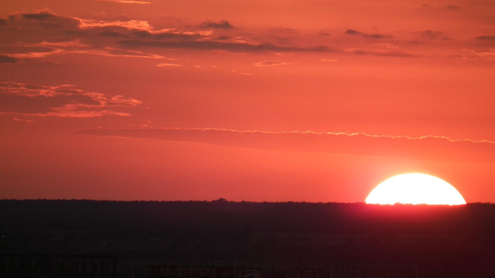 Entrada del sol #2... ✿⊱╮Mirtha Aguilera
