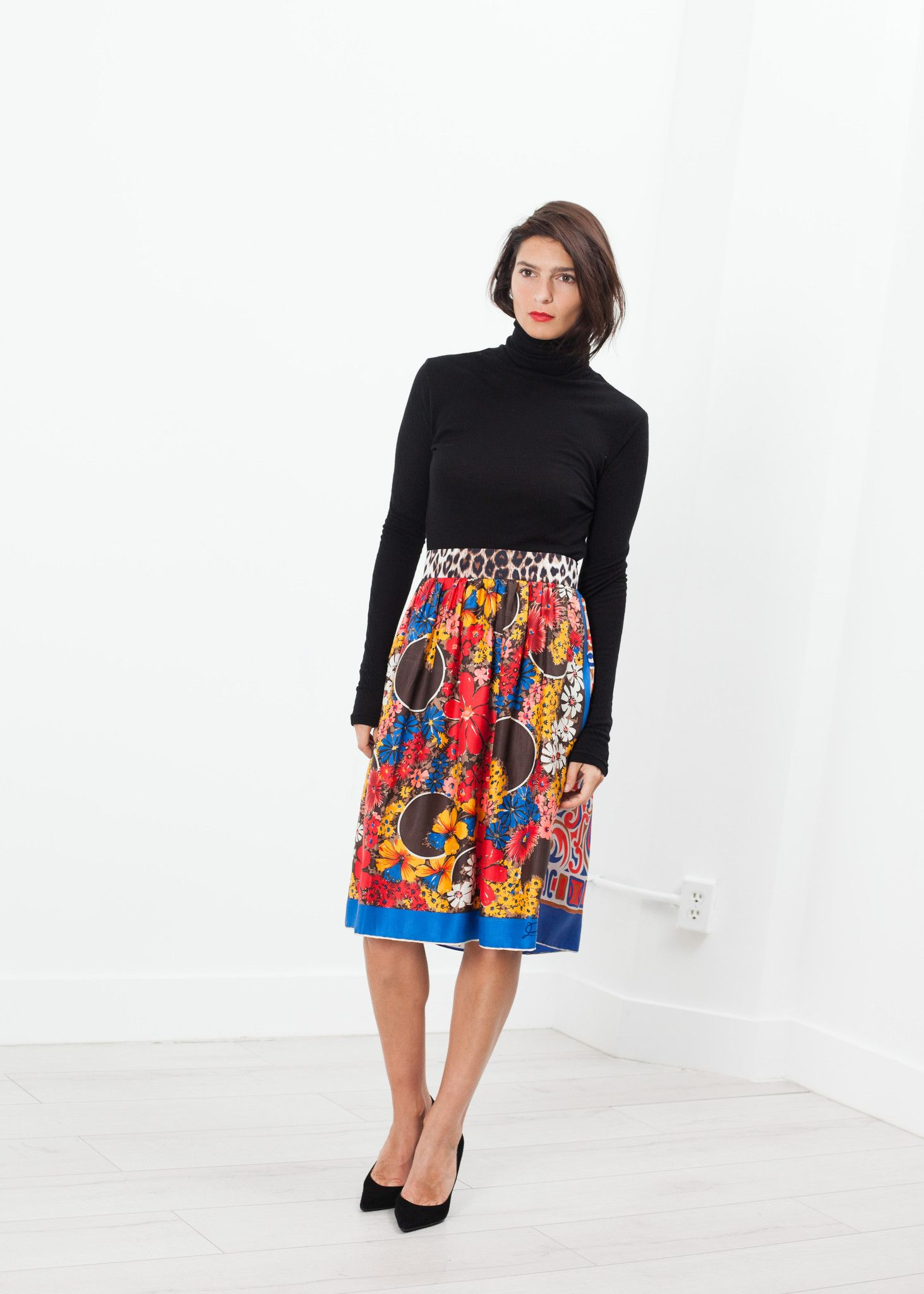 Alex Vintage Skirt in Red Multi
