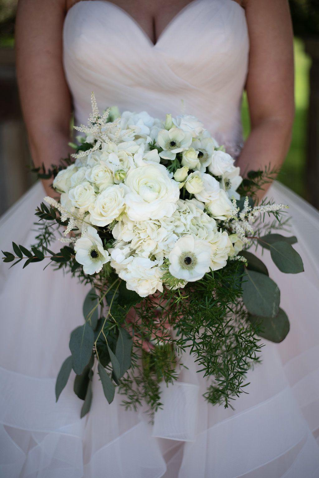 Wedding reception wedding decorations 2018 november 2018 white bouquet  modern bouquet   bouquet  white wedding