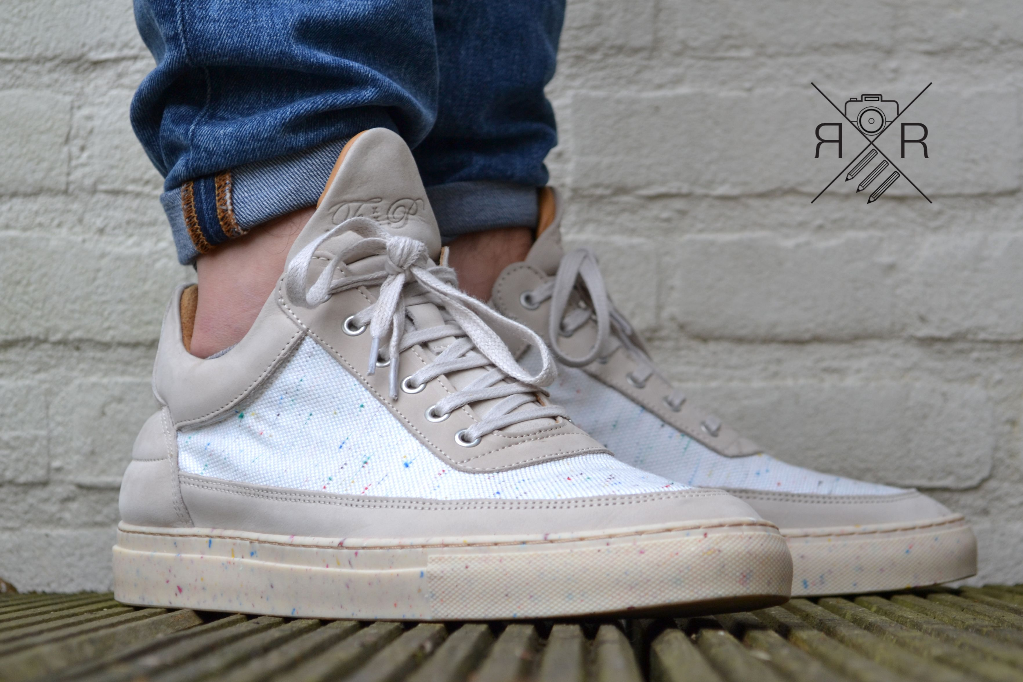 Filling Pieces speckle iced out