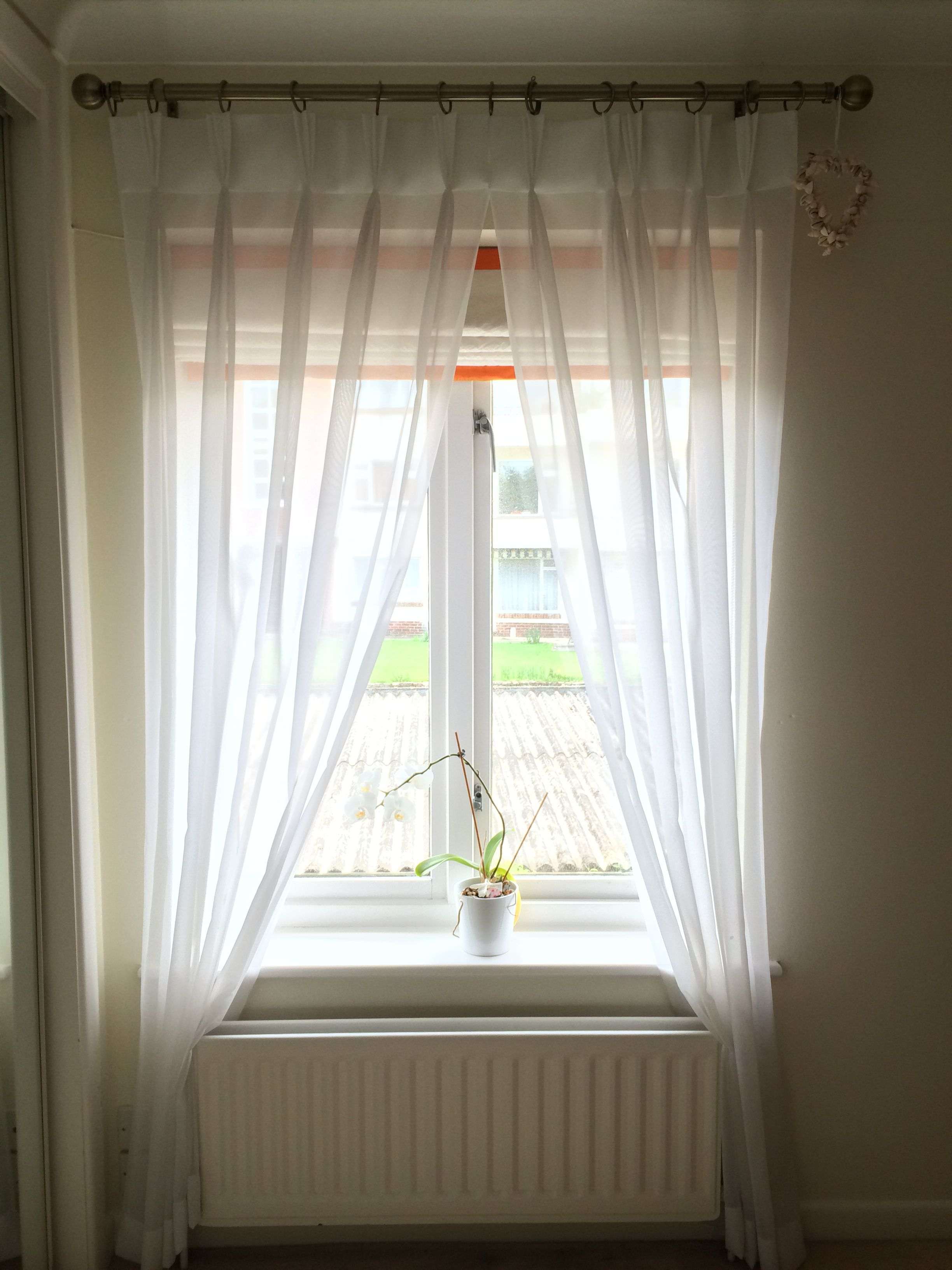 Triple Pinchpleat Voils With A Blackout Interlined Silk Roman Blind