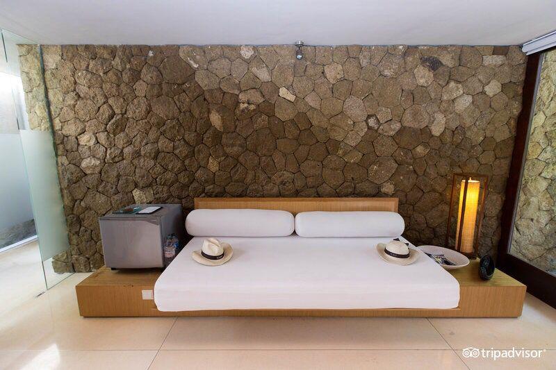 Villa - existing room image5