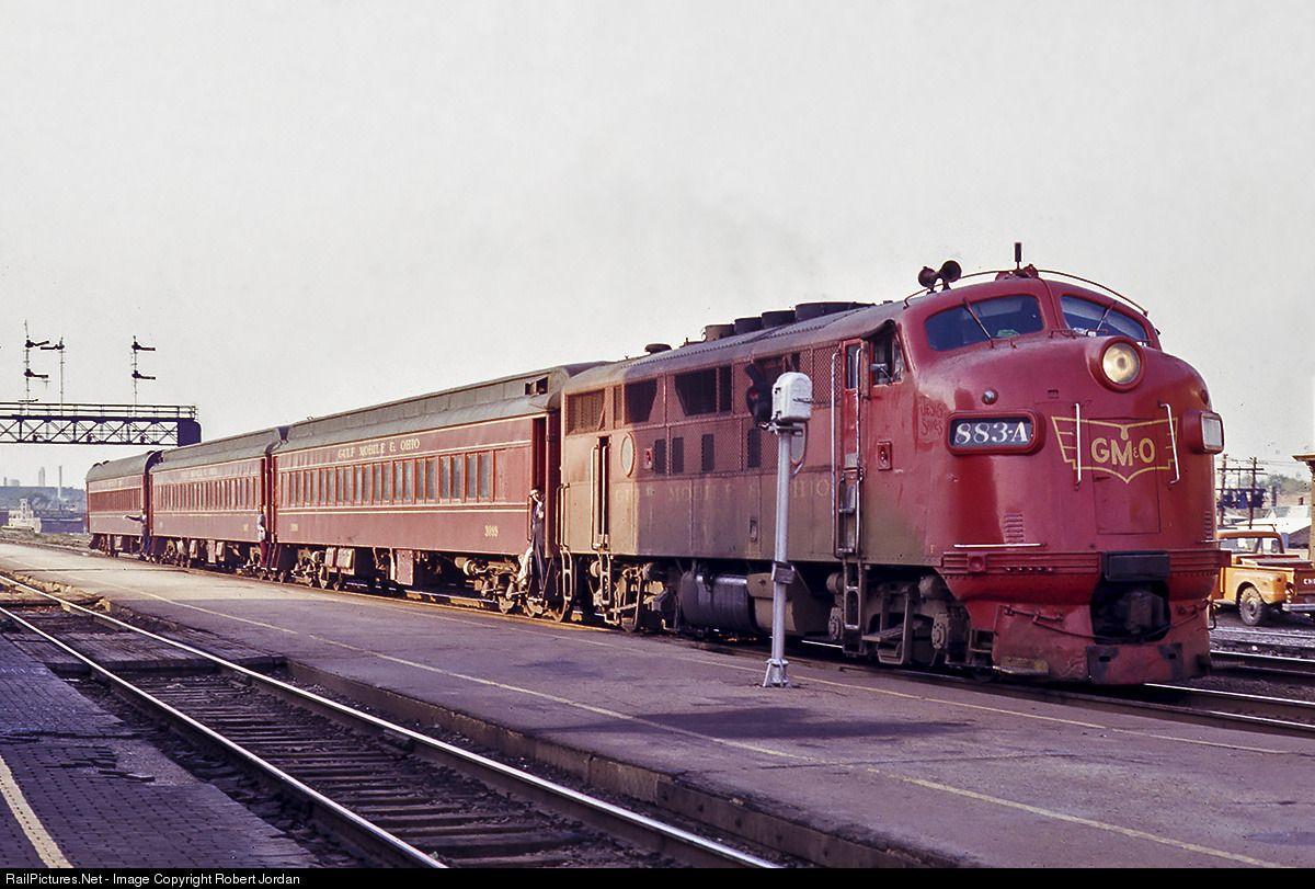 Caption Gulf Mobile And Ohio Evening Commuter Train The Plug