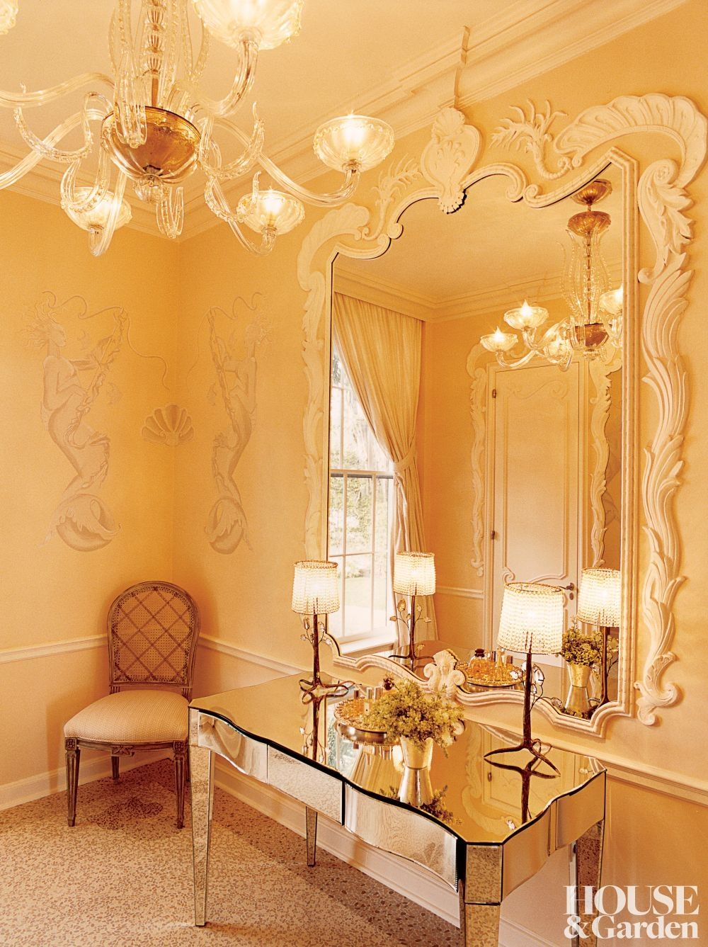 Bunny Williams: Wilbur Ross and Hilary Geary Ross powder room in ...