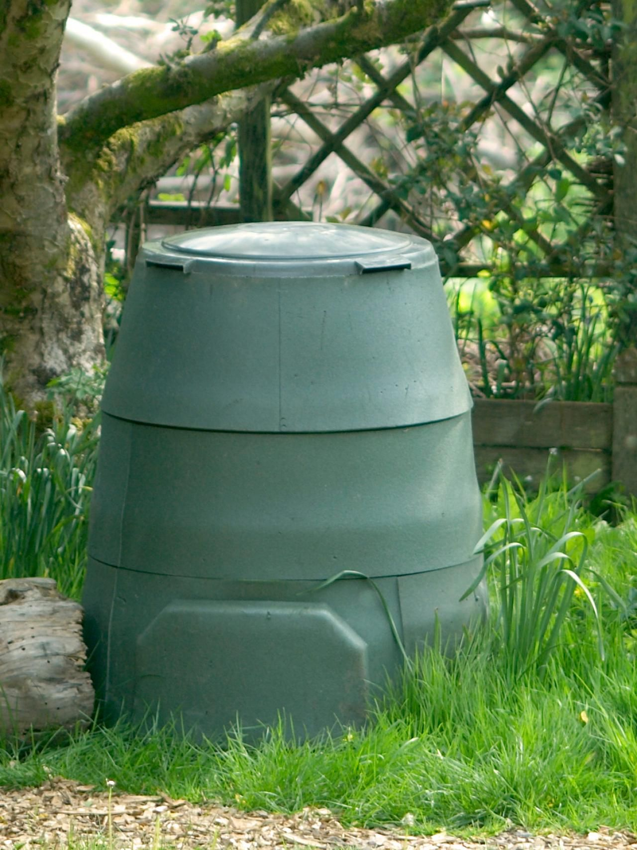 Garden Compost Bins Compost, How to make compost