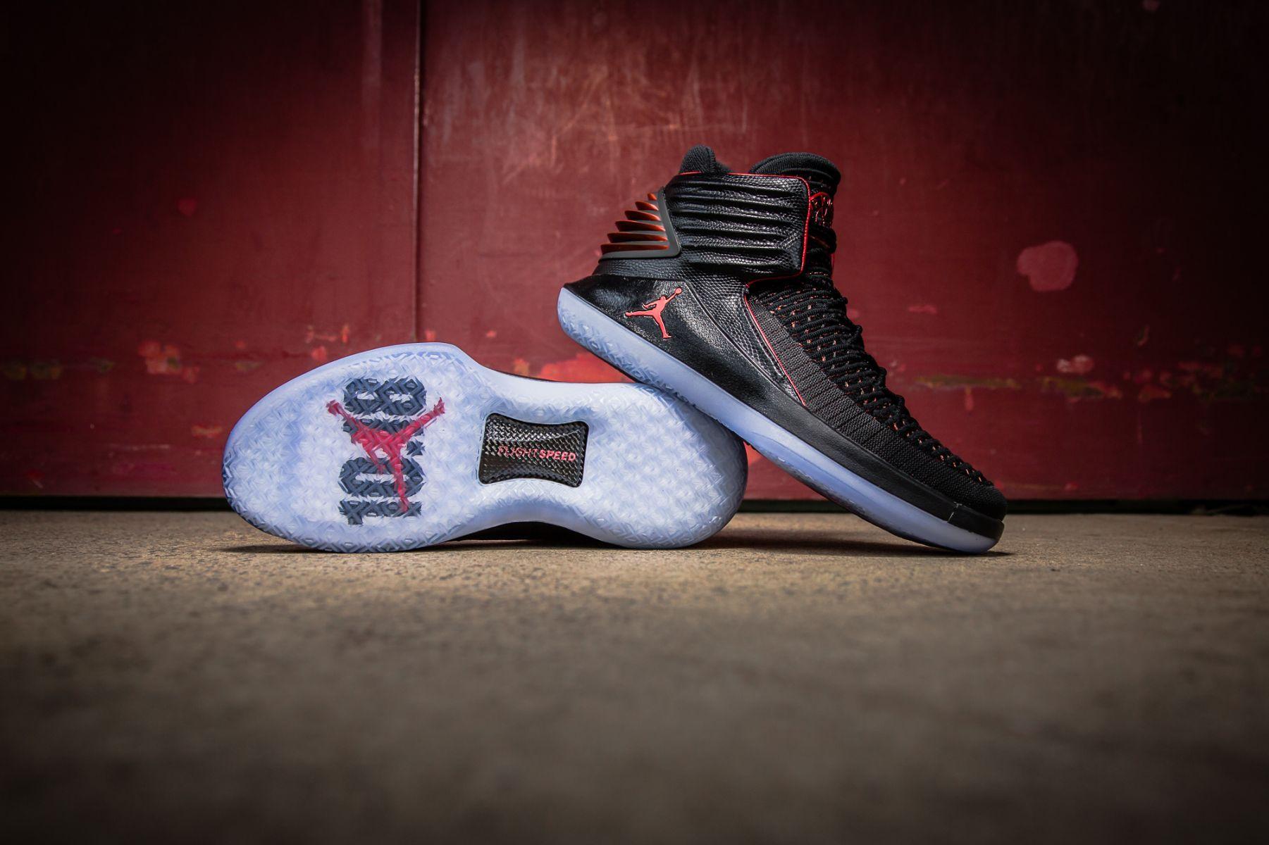 81a55e8cfe Nike Air Jordan XXXII Bred - AA1253-001