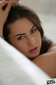 Nikki Waine nude 232