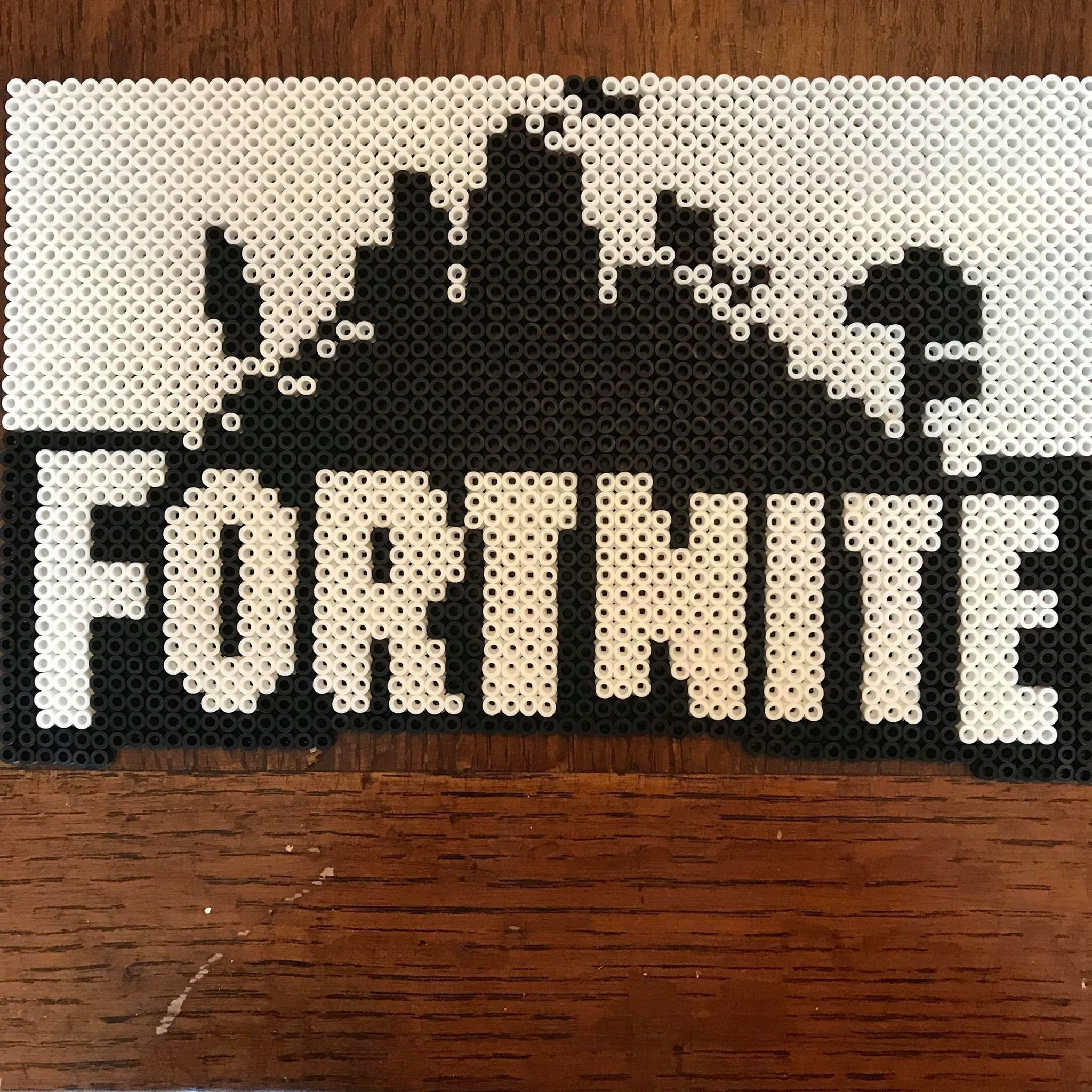 Fortnite 8-Bit Logo Pixel Art | Etsy | perler beads | Melty