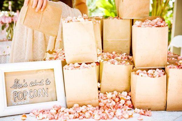 Sugestão de apresentação para lembranças de casamento. #casamento #catering #ideias #pipocas #lembrancas