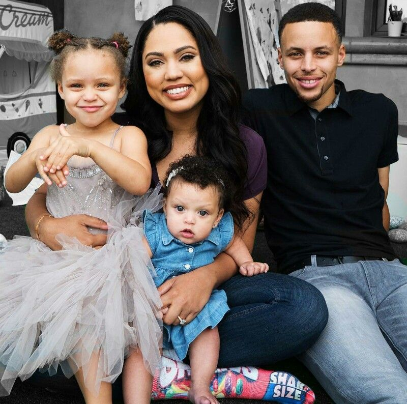 S Curry And Family Basketball Celebrity Celebrity Families The Curry Family Stephen Curry Family