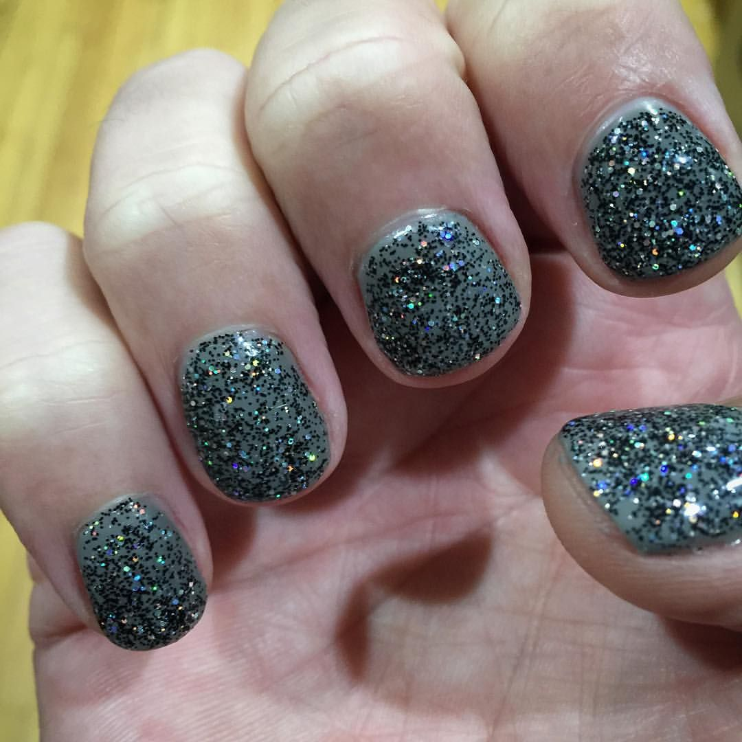 Keeping it manly... and glittery. Men with nail polish YAY or WTF ...