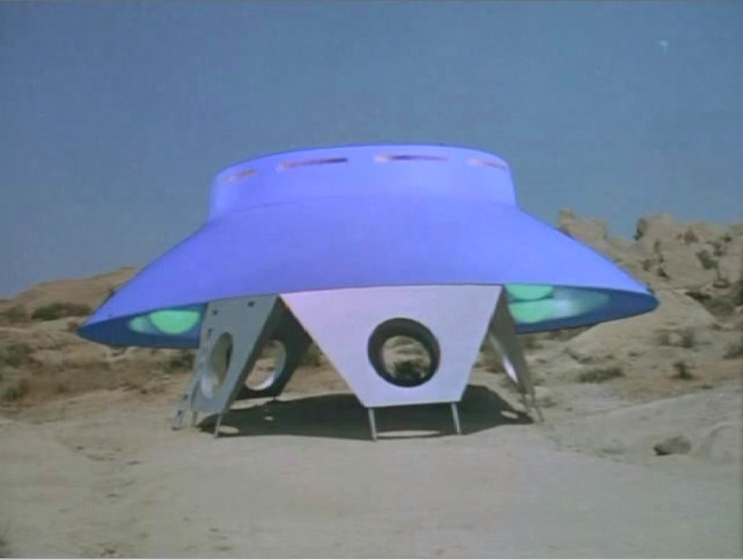 The iconic alien spacecraft, the signature image of the Invaders TV show. We all wonder why they didn't use this photo on the DVD box prior to its release in 2008.