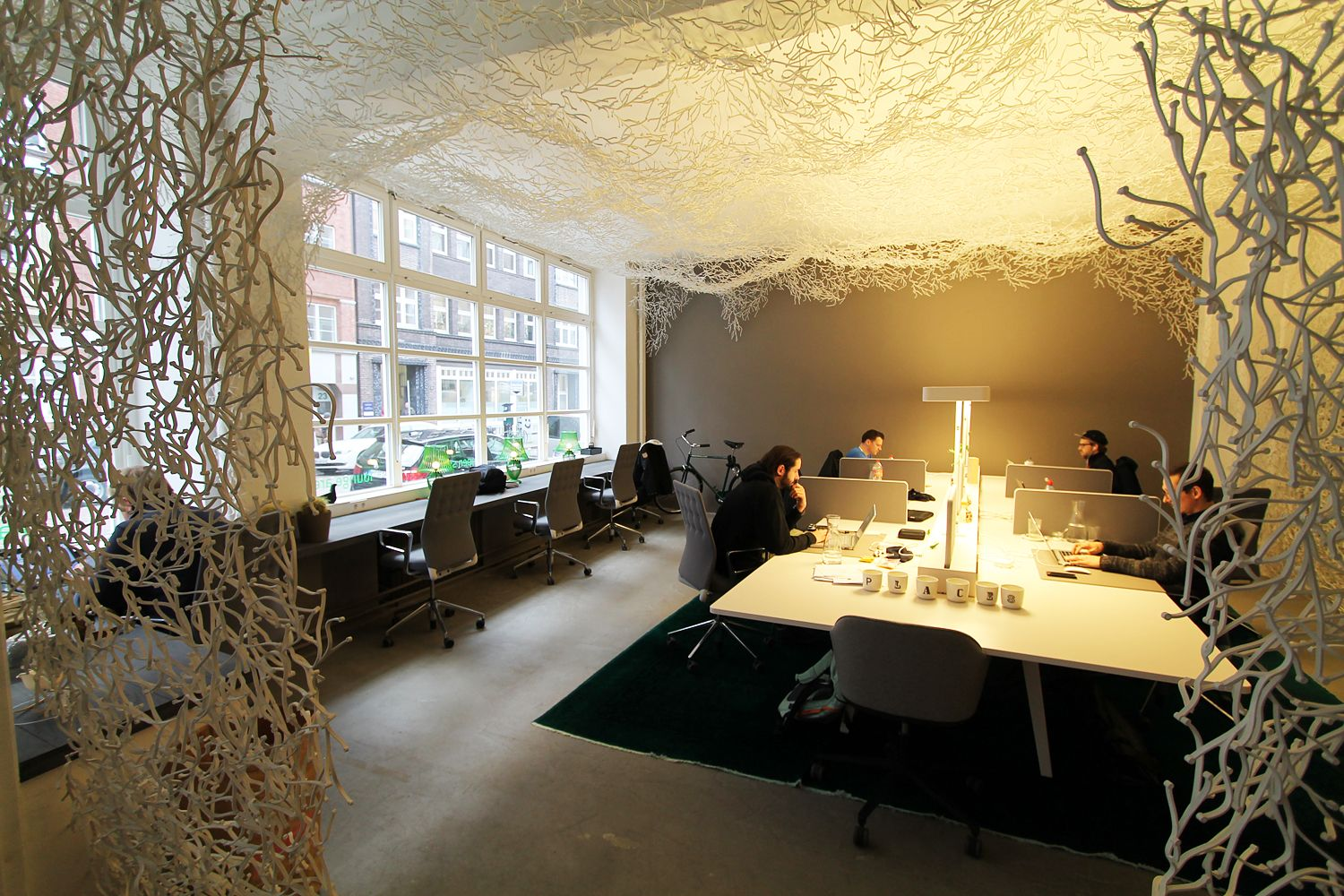 places a coworking space in hamburg more pictures. Black Bedroom Furniture Sets. Home Design Ideas